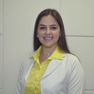 Dra. Karla Coelho-400x400